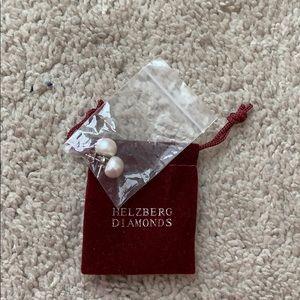 NWOT Helzberg Diamonds Pearl earrings
